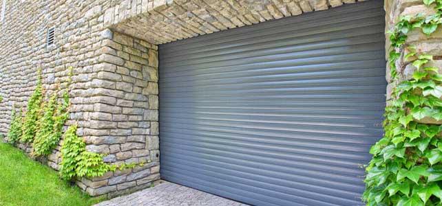 Brama garażowa roletowa