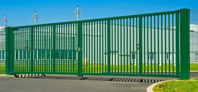 Brama dwuskrzydłowa Wiśniowski